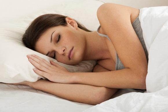 Alguns alimentos ajudam a dormir melhor