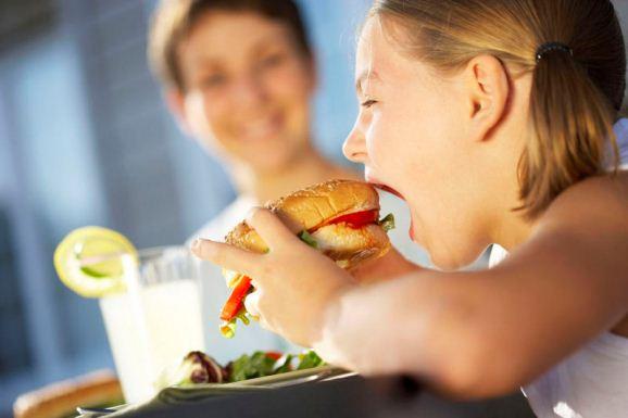 Alimentação saudável x Obesidade infantil