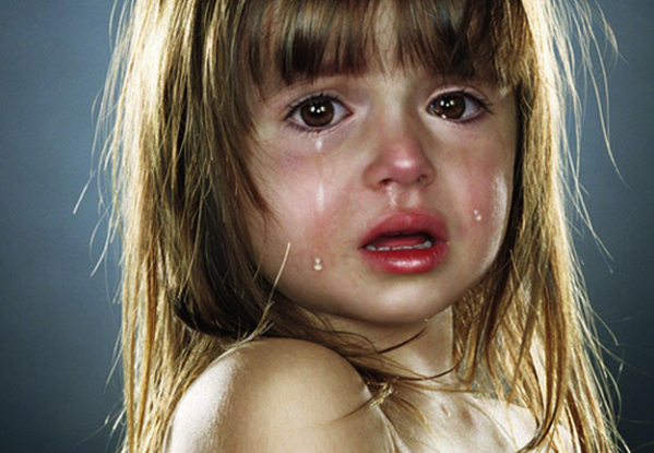 criança-chorando-banho-plano-de-saude-clinipam-em-curitiba